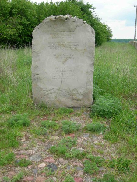 the-jewish-cemetery-of-jedwabne-2