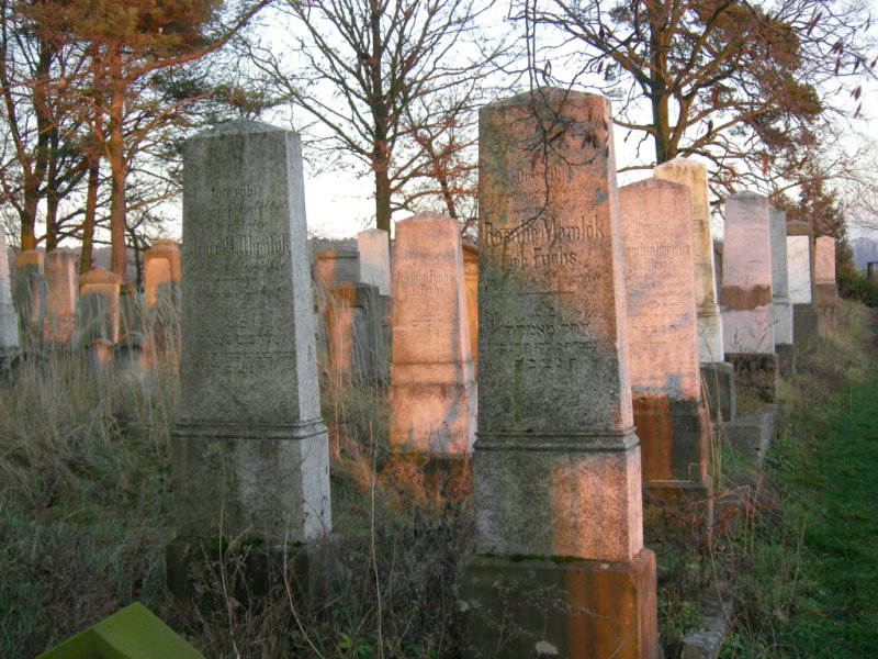 the-jewish-cemetery-of-kozmin-3