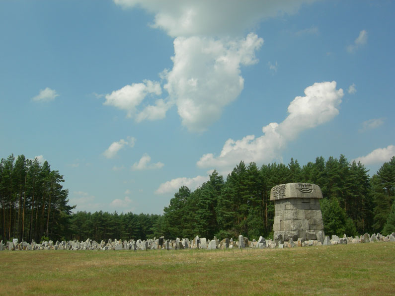 the-extermination-camp-of_treblinka-39