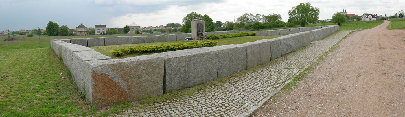 the-jewish-cemetery-of-jedwabne-panorama